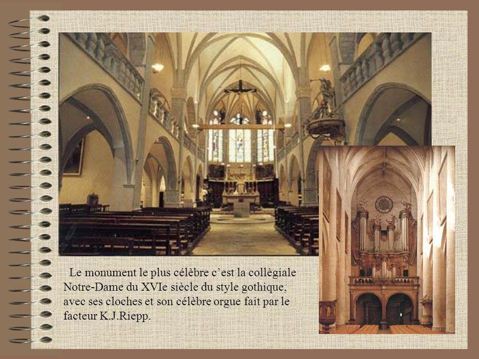 Le monument le plus célèbre cest la collègiale Notre-Dame du XVIe siècle du style gothique, avec ses cloches et son célèbre orgue fait par le facteur