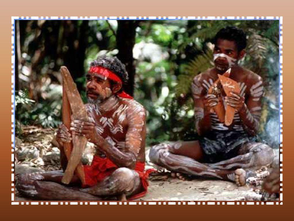 Partir à la rencontre du peuple aborigène, cest faire un bond de plusieurs millénaires dans lHistoire. Réputée pour être la plus ancienne des cultures