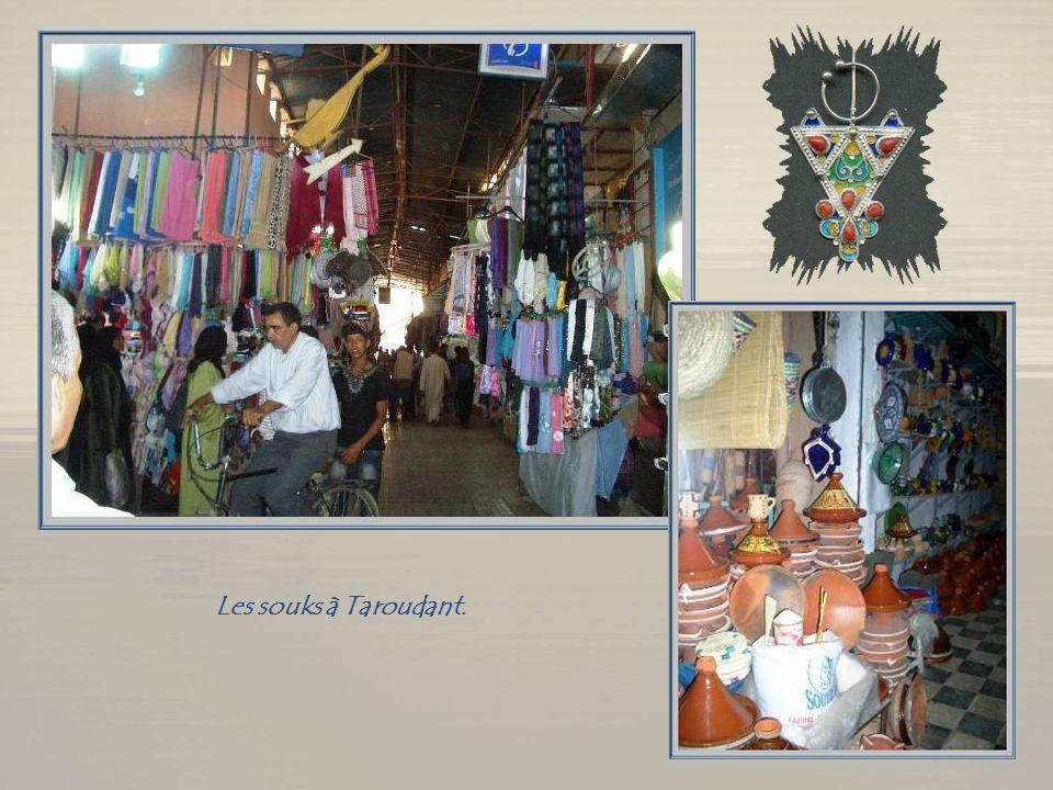 Tazantoute, à 20 km de Ouarzazate.