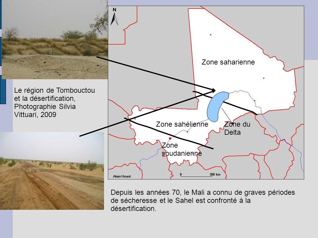 Zone saharienne Zone sahélienne Zone soudanienne Zone du Delta Depuis les années 70, le Mali a connu de graves périodes de sécheresse et le Sahel est confronté à la désertification.
