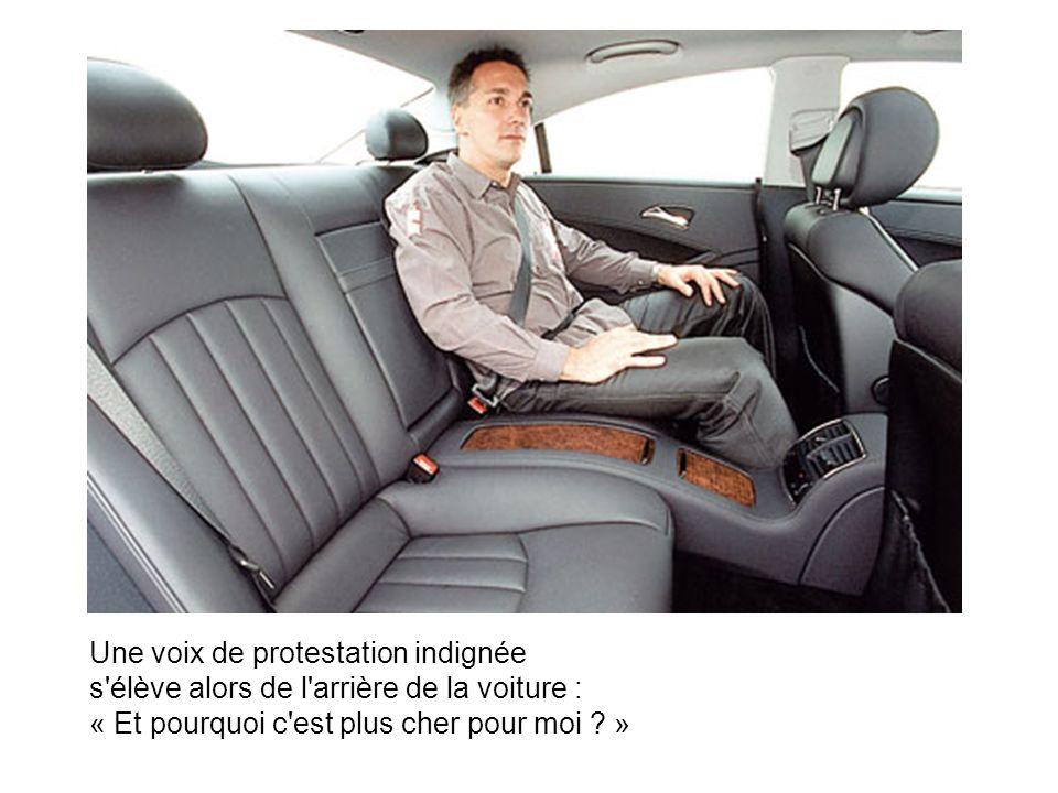 Un Belge fait le trajet Paris - Lyon en voiture, et il prend une auto-stoppeuse vêtue d une mini-jupe.