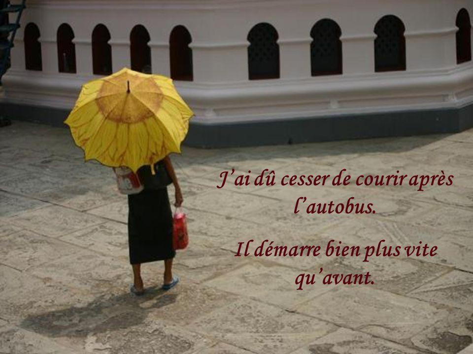 CREATION LE BER Yvette septembre 2010 rene202@sympatico.ca Texte pris sur le Net Musique : André Rieu Paradis – 210 Largo « Une femme autrefois » Cette photo représente mon petit «home» depuis trente ans.