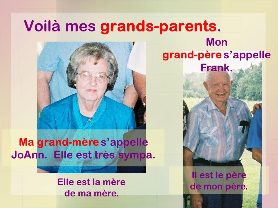 Ce sont mes parents.Ma mère sappelle Dianne. Elle est brune est sympa.