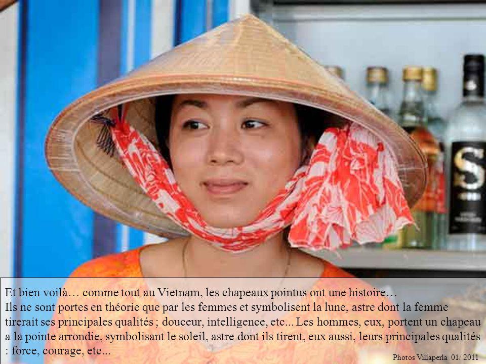 Raconte nous lhistoire du chapeau pointu des femmes, le nón… Photos Villaperla 01/ 2011