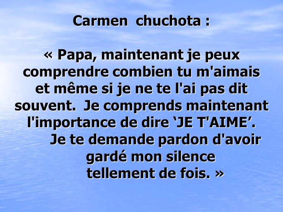 Carmen a pleuré toute la journée, et toute la nuit. Le jour suivant, elle est partie au cimetière et s'est assise sur la tombe de son papa. Elle a tel