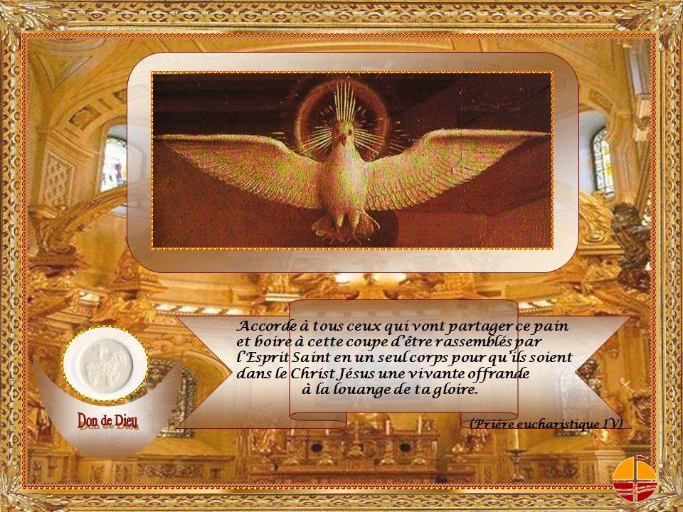 LEsprit Saint vient sur les offrandes et sur lassemblée.