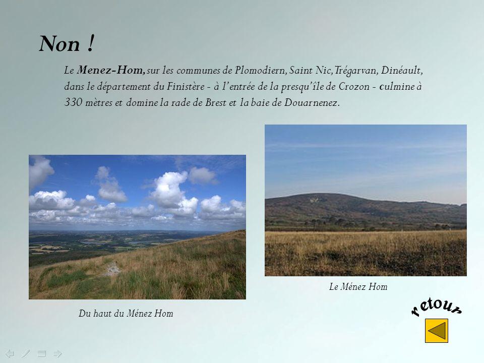 Le Roc'h Ruz, qui culmine à 385 m d'altitude, est situé dans le Léon. Cest le plus haut sommet de Bretagne. Il est suivi du Ménez Kador (384 m) entre