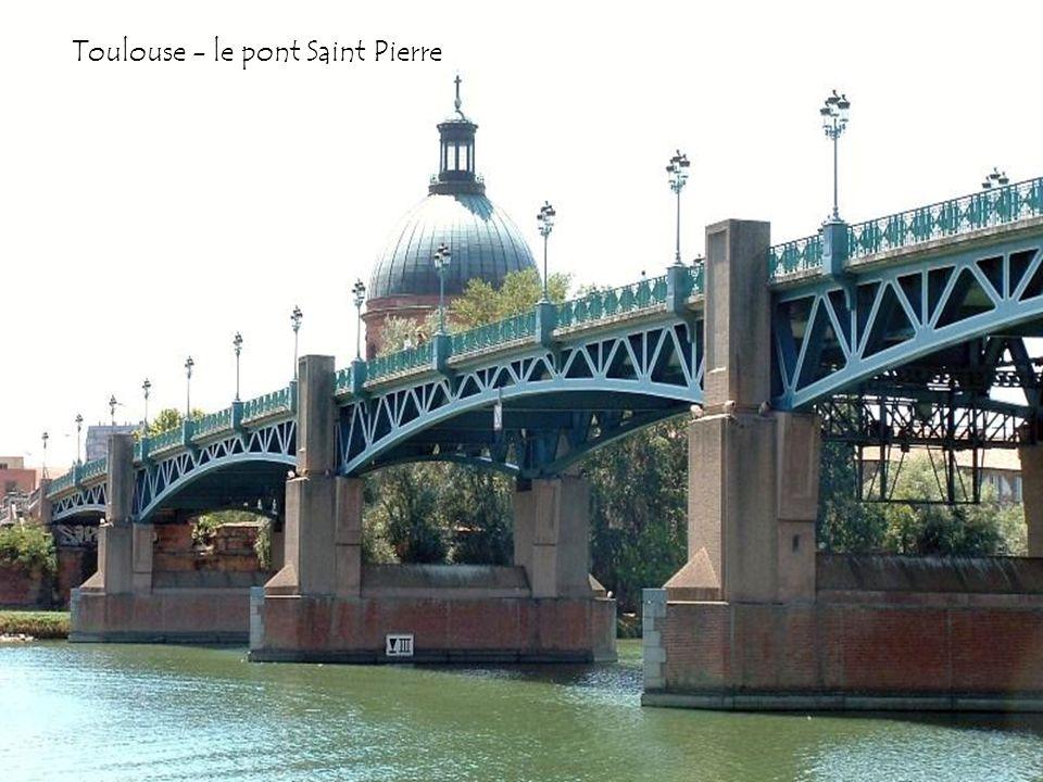 Toulouse - le pont des Catalans