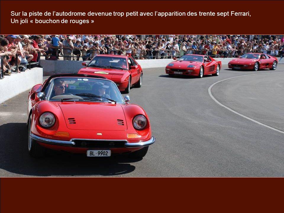 Sur la piste de lautodrome devenue trop petit avec lapparition des trente sept Ferrari, Un joli « bouchon de rouges »
