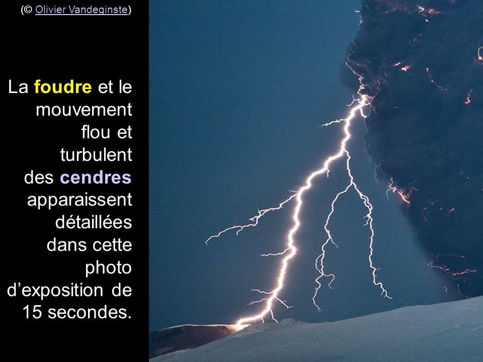 (© Olivier Vandeginste)Olivier Vandeginste photo prise à 10 km à l'est de Hvolsvollur à une distance de 25 km du cratère du volcan Eyjafjallajökull le