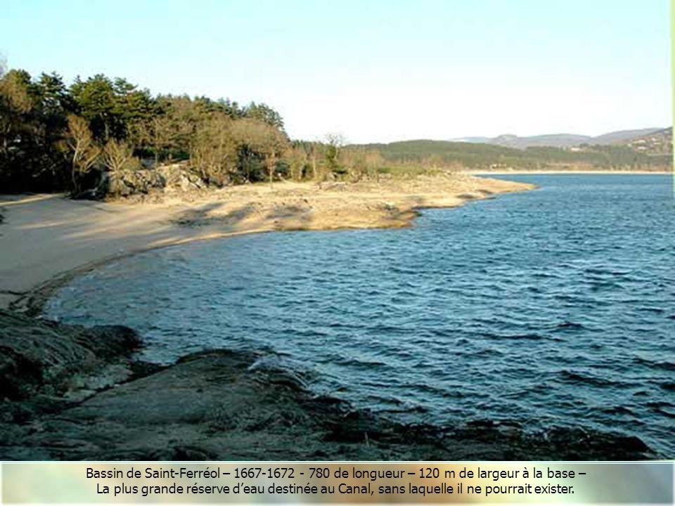 Vers le Laudot et le bassin de Saint-Ferréol Sortie de la Rigole