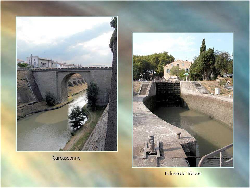 Carcassonne, en venant de Toulouse et Naurouze, vers le port