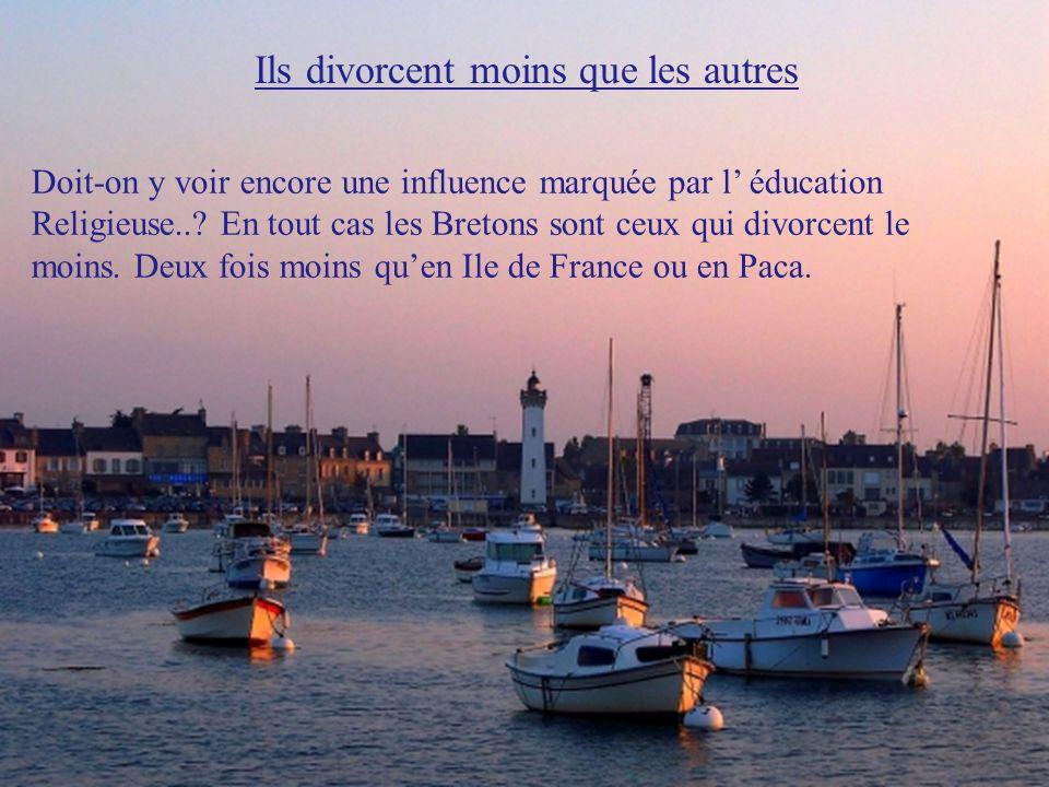 Il y a moins dallocations du RSA Moins de 4% de la population bretonne est couverte par le RSA. Cest la région qui présente le taux le plus faible de