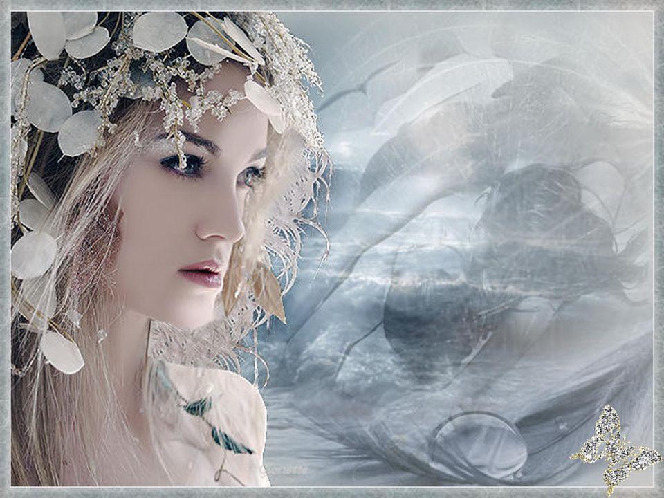 Le jour où lon sest rencontré La vie ne mavait pas épargné Yavait des litres deau dans mes peines Jétais comme une poupée de porcelaine… Entre nous rien ne sera jamais fini Lorsquun soir de brouillard je serai parti De lautre côté du miroir de ma vie Je taimerai encore dun amour infini… Ginette