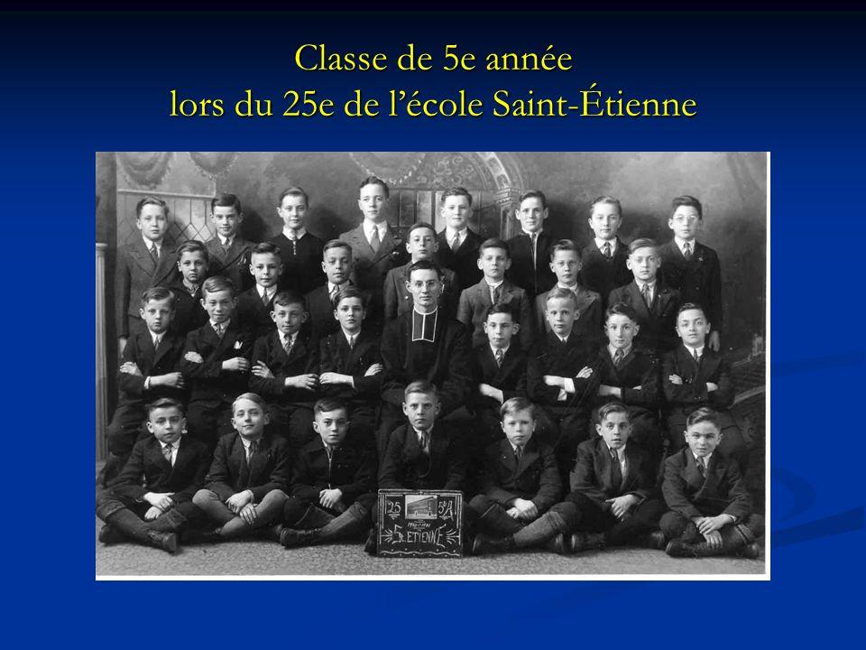 Classe de 5e année lors du 25e de lécole Saint-Étienne