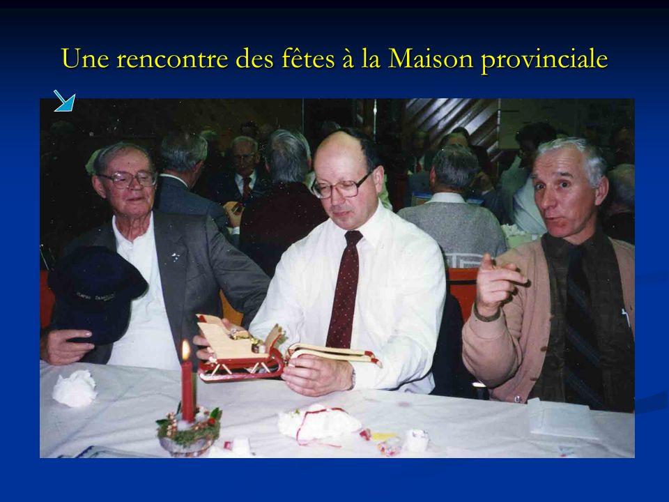 Une rencontre des fêtes à la Maison provinciale