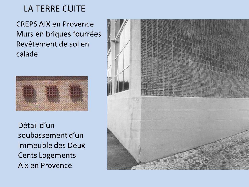 LA TERRE CUITE CREPS AIX en Provence Murs en briques fourrées Revêtement de sol en calade Détail dun soubassement dun immeuble des Deux Cents Logement