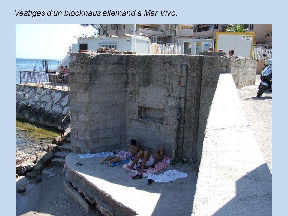 Vestiges dun blockhaus allemand à Mar Vivo.