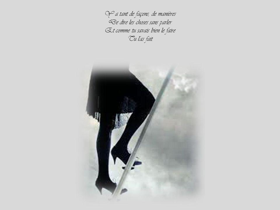 T'avais mis ta robe légère Moi, l'échelle contre un cerisier T'as voulu monter la première Et après