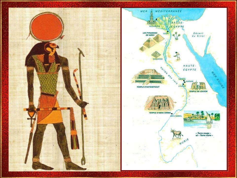 LAncien Empire LAncien Empire - env. 2778-2100 av. J.-C. - Cest durant cette période que sont érigées les pyramides de Saqqarah et Gizeh. Le Moyen Emp