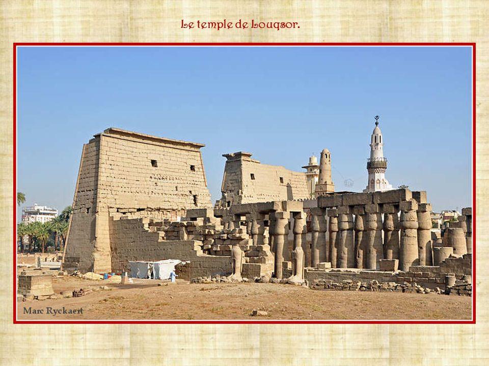 Tout le long du Nil se trouvent des ports car le commerce et lartisanat se sont bien développés.