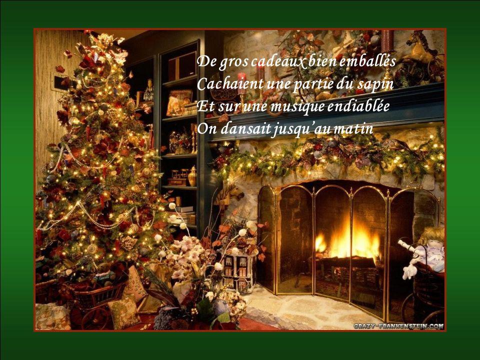 Elle se rappelait son enfance Au temps du bon Père Noël Il y avait alors abondance Cétait un jour sans pareil