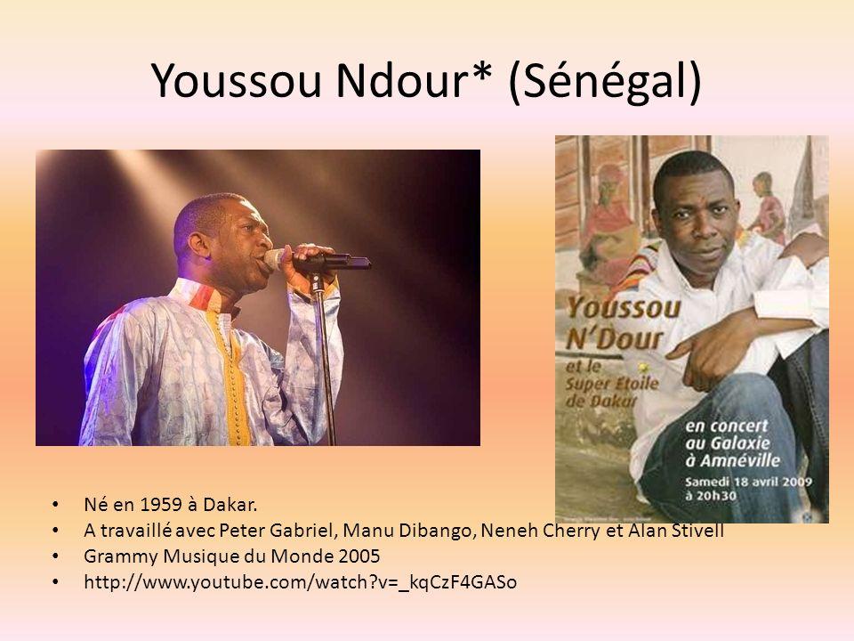 Youssou Ndour* (Sénégal) Né en 1959 à Dakar.