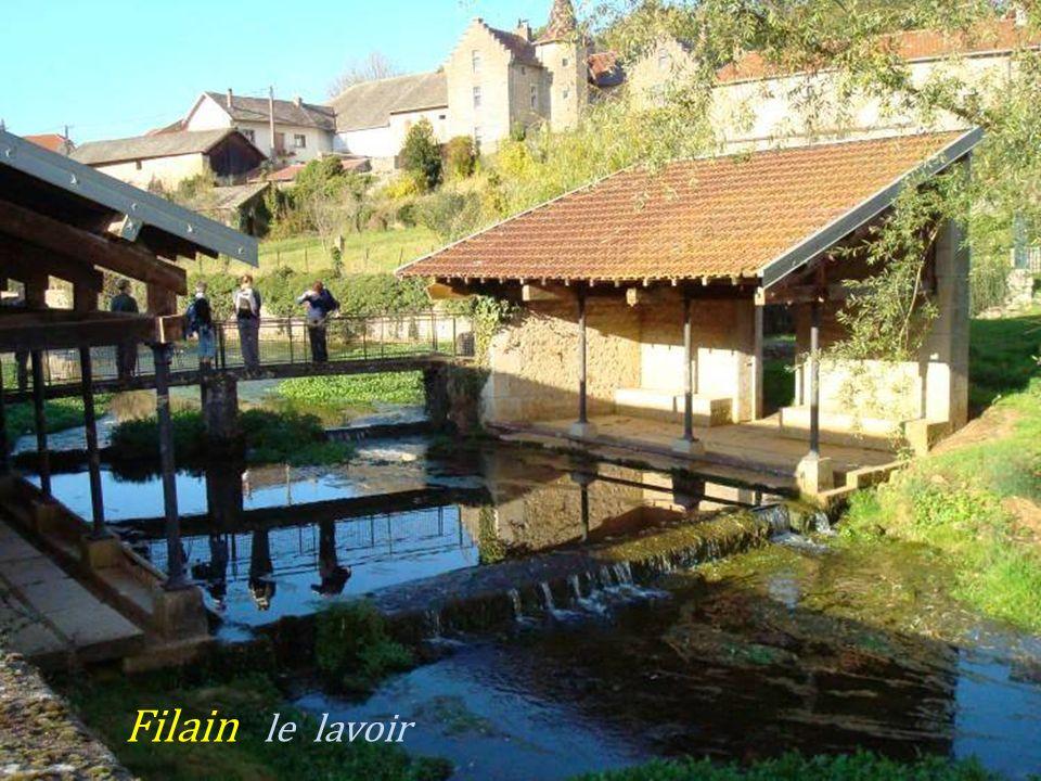 Filain Château du XVe siècle