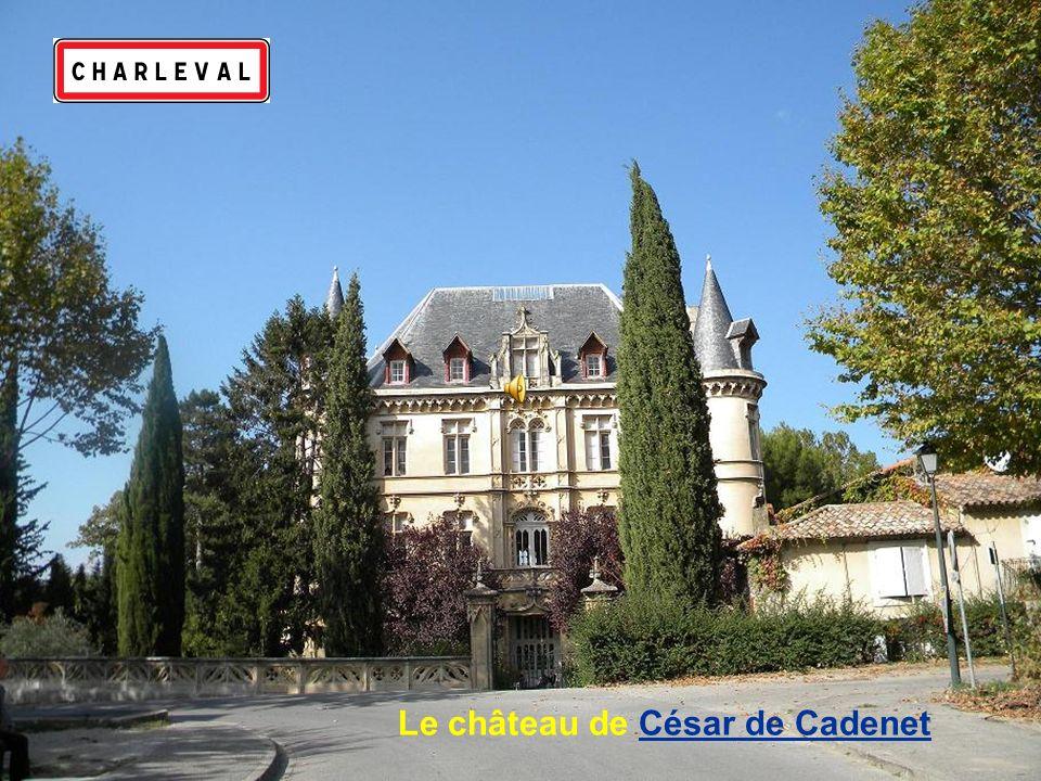 Le château de César de Cadenet