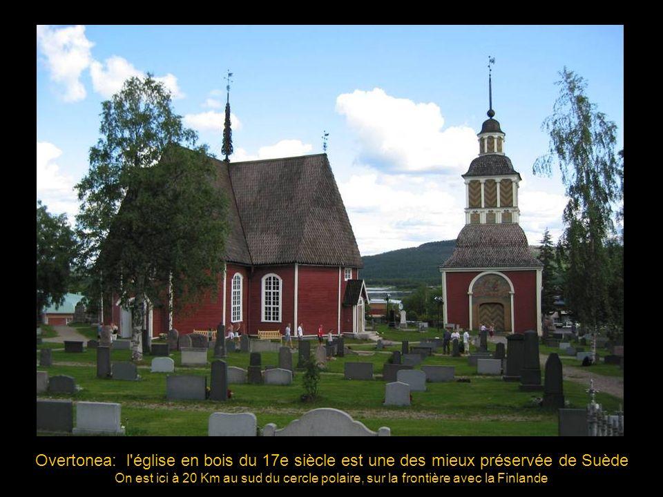 Overtornea (Suède), Eglise paroissiale, 1608 l orgue de l église Ste Gertrude (Stockholm) a été acheté et installé ici en 1781.