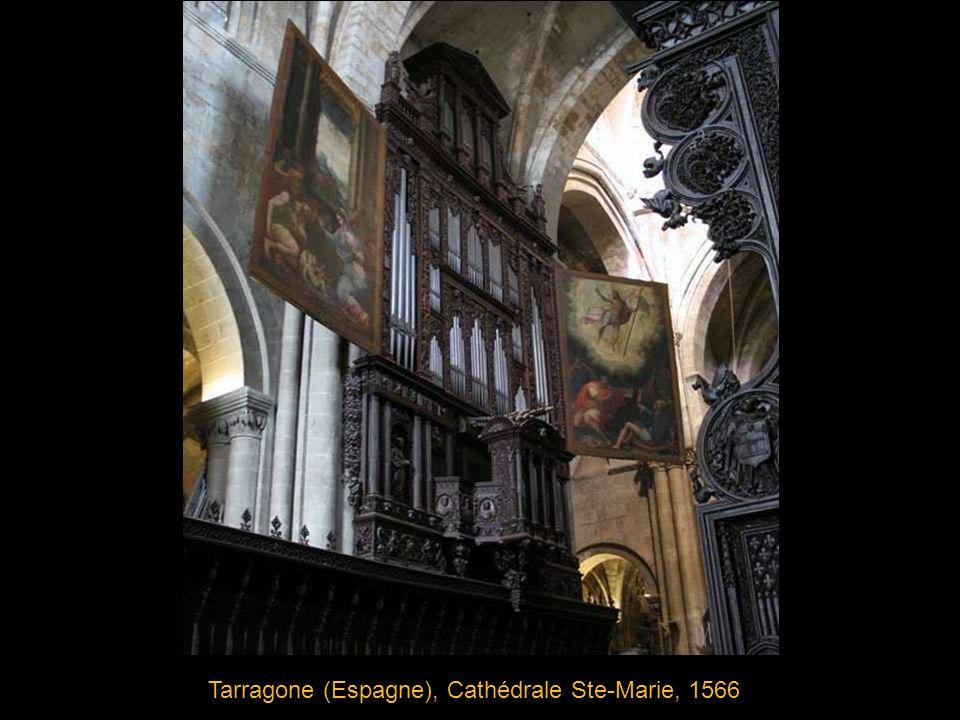 Passau (Allemagne), Cathédrale St Stephan (St Etienne), 1731, buffet de Joseph Matthias Götz Particularité: l édifice abrite 5 orgues reliées entre elles par une console à 5 claviers