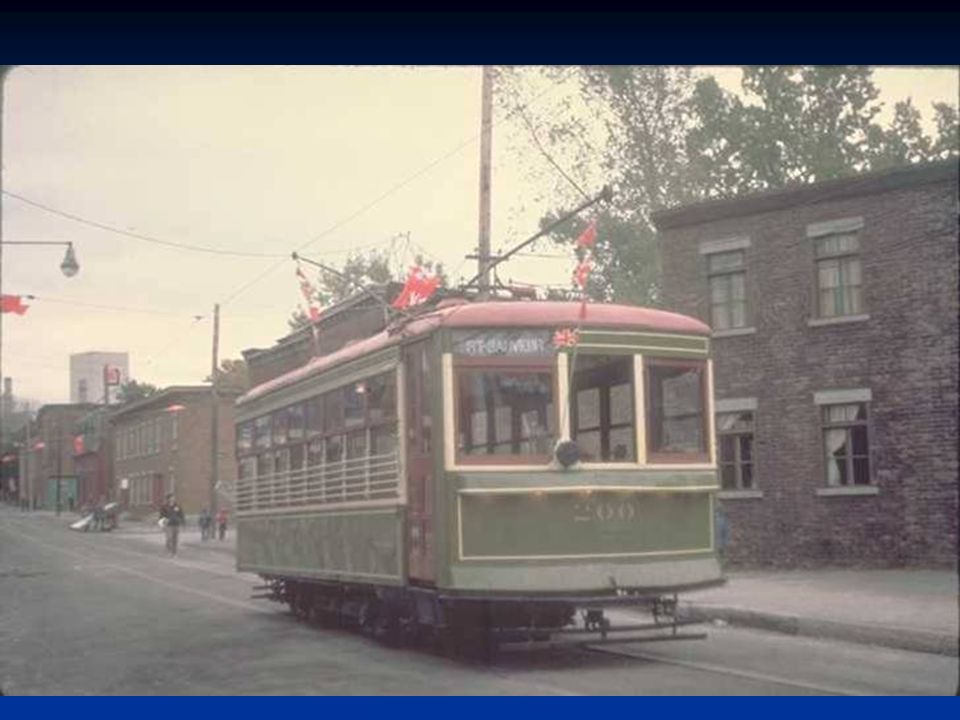 Tramway de Montréal Source : Archives de la STM Among my souvenirs défilement automatique