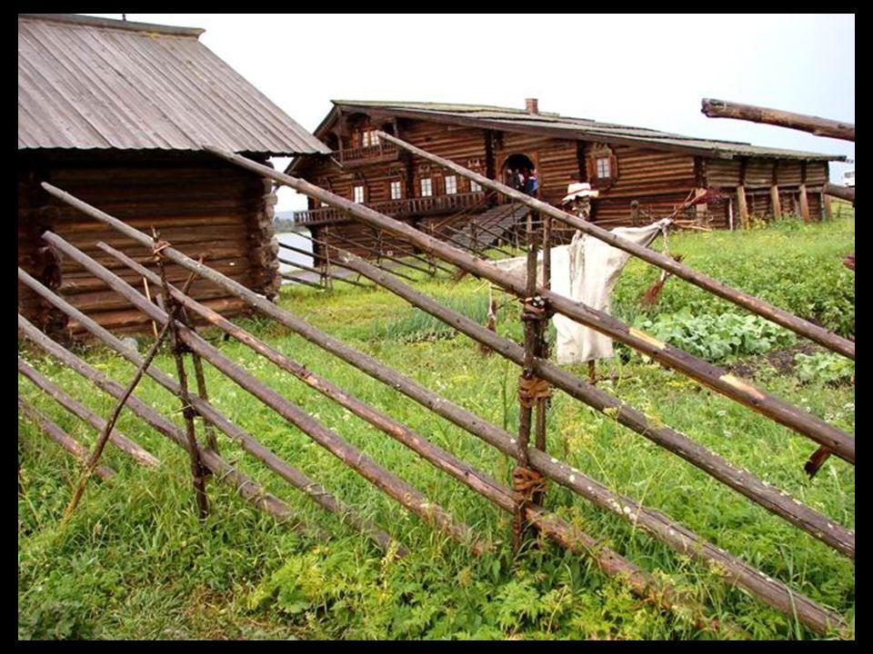 Les clôtures sont étranges, pourquoi les perches sont-elles en diagonales ?