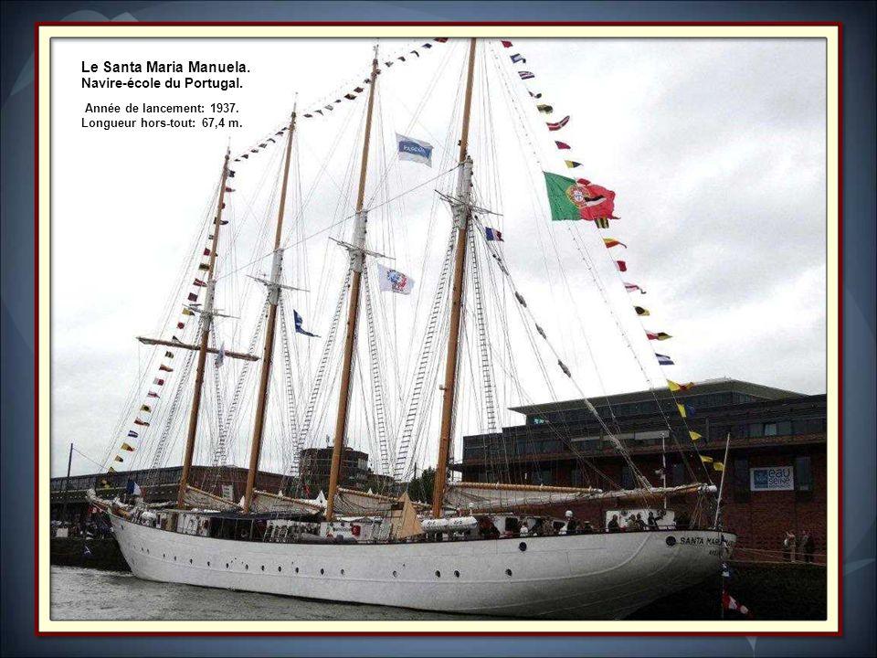 Le Sagres II Trois-mâts barque qui est devenu, en 1962, navire- école pour les cadets de l École Navale Portugaise.