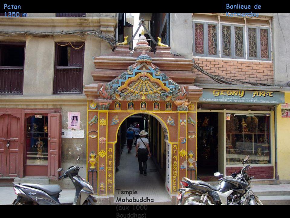 Monastère Rudra Varna Mahavihar Patan 1350 m Banlieue de Katmandou