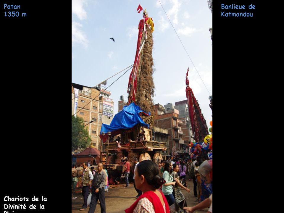 Banlieue de Katmandou Patan 1350 m Centre ville