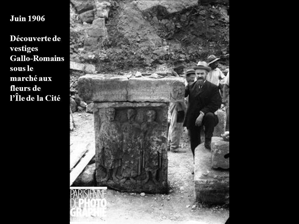 1905 – Immersion du caisson pour la ligne Clignancourt- Porte dOrléans