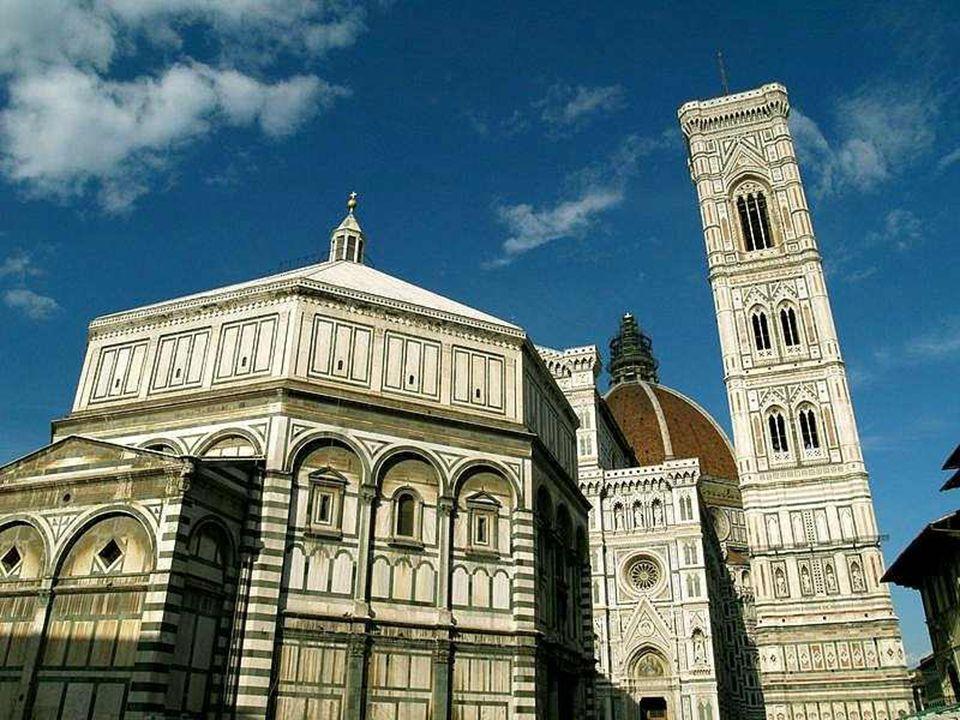 Florence (en italien Firenze) est une ville d'Italie, capitale de la région de Toscane et chef-lieu de province (417 386 habitants, les Florentins). S
