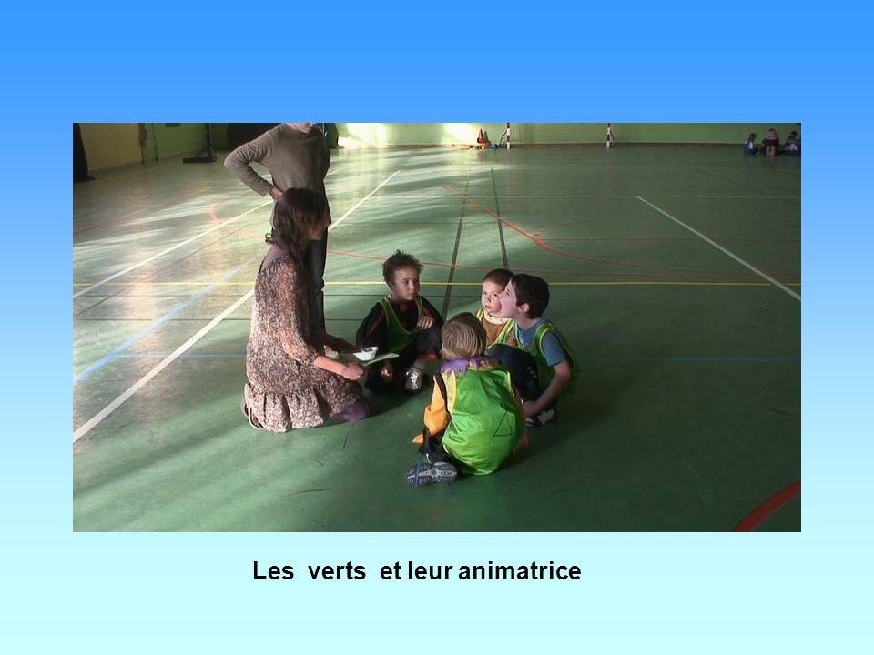 Les verts et leur animatrice