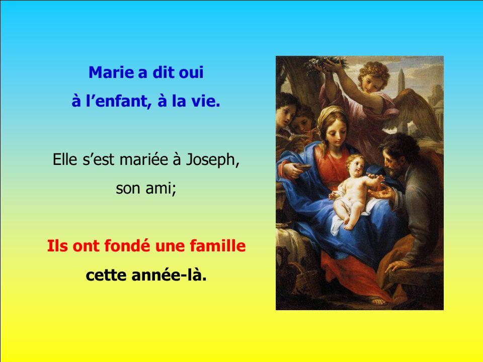 .. Un Dieu se fait homme aujourdhui doucement Et toi, tu vas être, Marie, sa maman. Cest ce quil va venir au monde dans quelques mois.