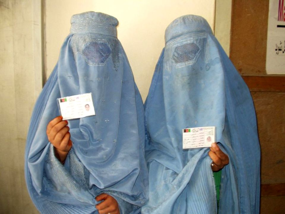 Identificación de una mujer. Indentification dune femme