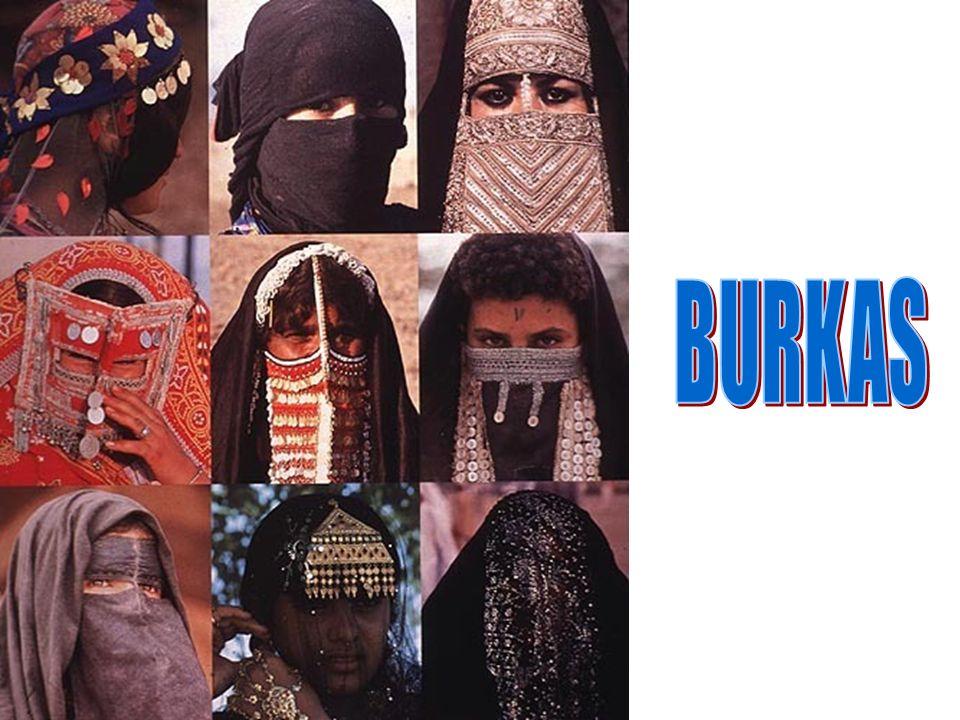 Les vêtements traditionnels de la femme musulmane Un voile caractéristique des femmes arabes. Il laisse le visage libre et beaucoup de femmes le porte