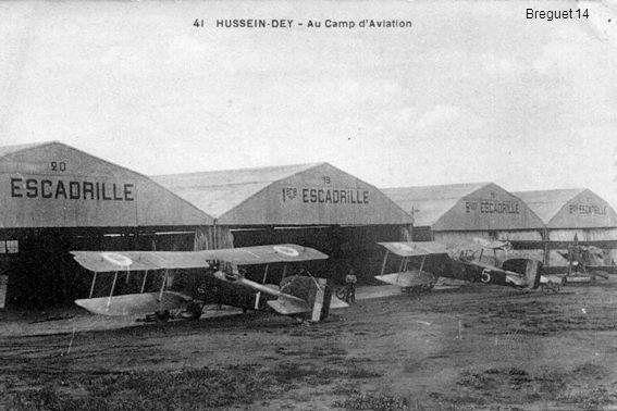 En 1922, le jeune sergent-pilote Henri Scherrer est affecté au 2 ème GAA à Oran pour se familiariser avec le Breguet 14 avant de partir au Maroc (Martine Feaugas-Scherrer)