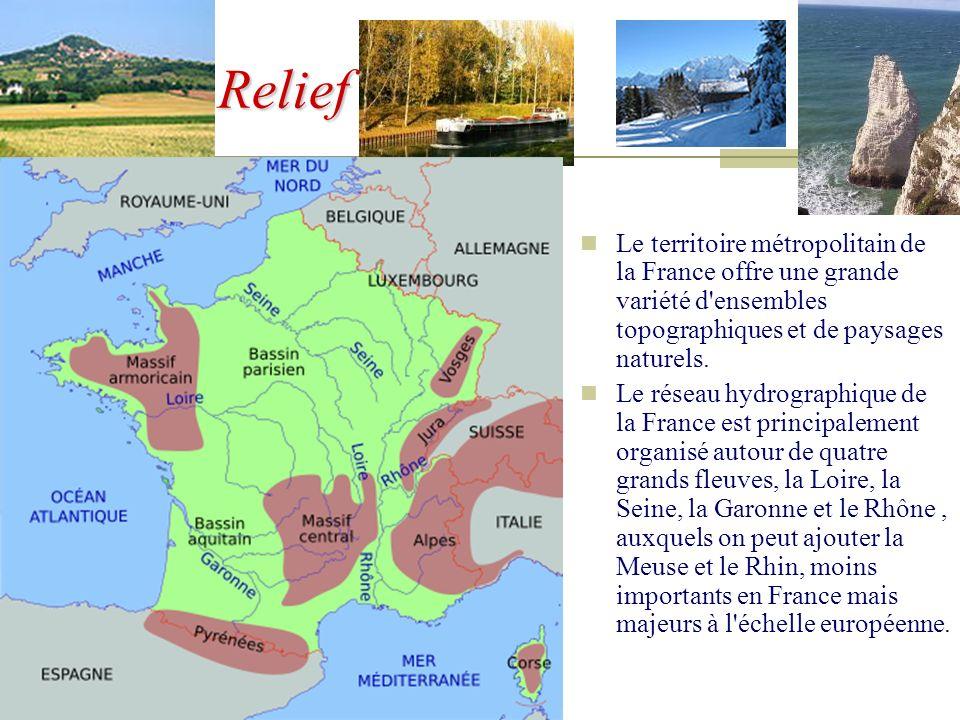 Territoires français Les territoires français situés hors d'Europe, qui correspondent à d'anciennes colonies restées françaises, sont quant à eux soum