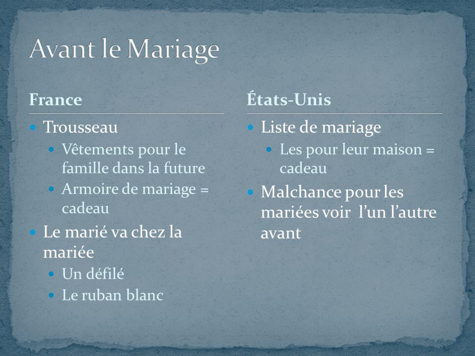 France Trousseau Vêtements pour le famille dans la future Armoire de mariage = cadeau Le marié va chez la mariée Un défilé Le ruban blanc Liste de mar