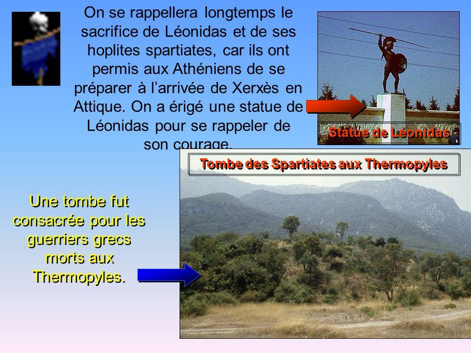 Les Grecs, menés par Léonidas, vont à la rencontre des troupes de Xerxès, sachant quils seront écrasés, car lennemi est au moins cent fois supérieur e