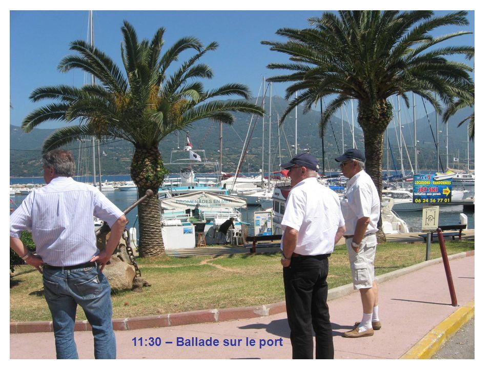 11:30 – Ballade sur le port