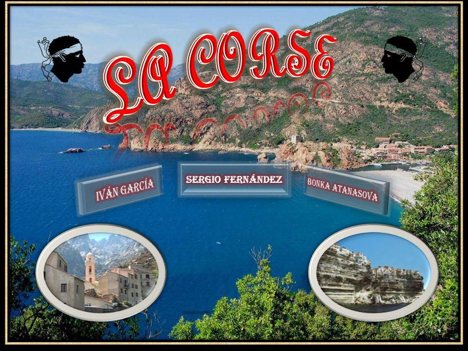 La Corse est une île sous la Côte d Azur à le mer Méditerranée.