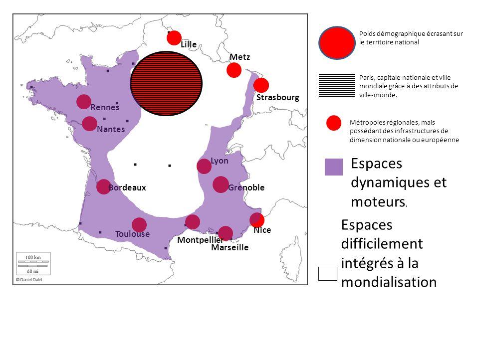 Poids démographique écrasant sur le territoire national Paris, capitale nationale et ville mondiale grâce à des attributs de ville-monde.