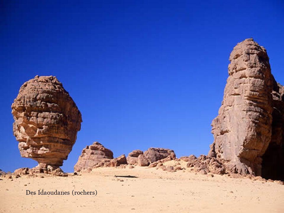 Ekanassal (rocher taillé par le vent)